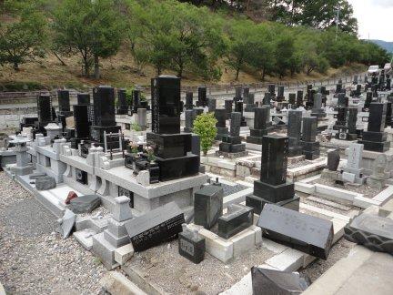 松本地震 並柳霊園2